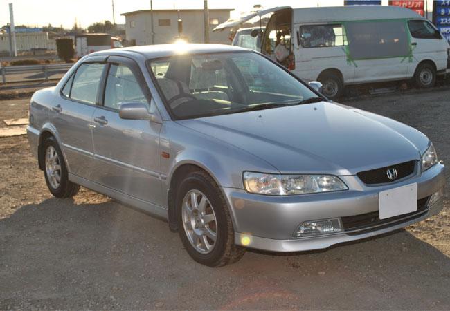 Used Honda Accord Sedans 2000 Model In Silver Used Cars Stock