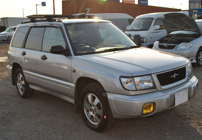 used subaru forester suv 4wd 1998 model in silver used cars stock 53042 cso japan. Black Bedroom Furniture Sets. Home Design Ideas