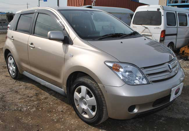used toyota ist hatchbacks 2002 model in beige used cars stock 53771 cso japan - Was Ist Beige