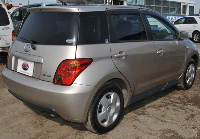 Toyota Ist 2002 Image3