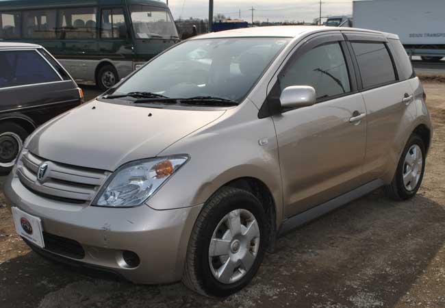 Toyota Ist 2002 Image4