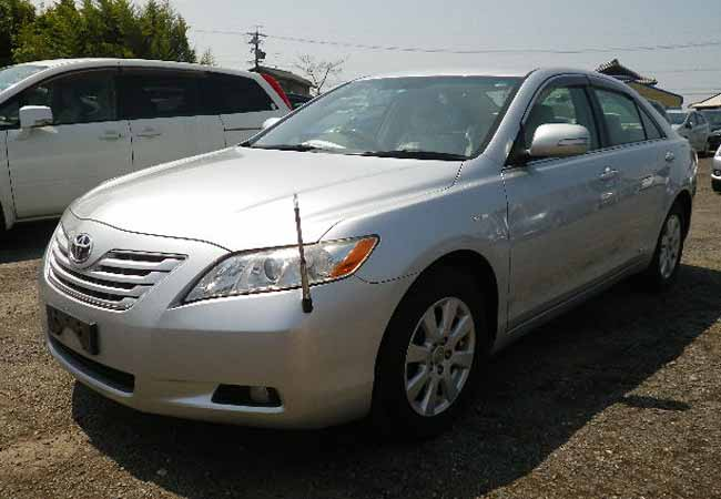 used toyota camry sedans 2006 model in silver used cars. Black Bedroom Furniture Sets. Home Design Ideas