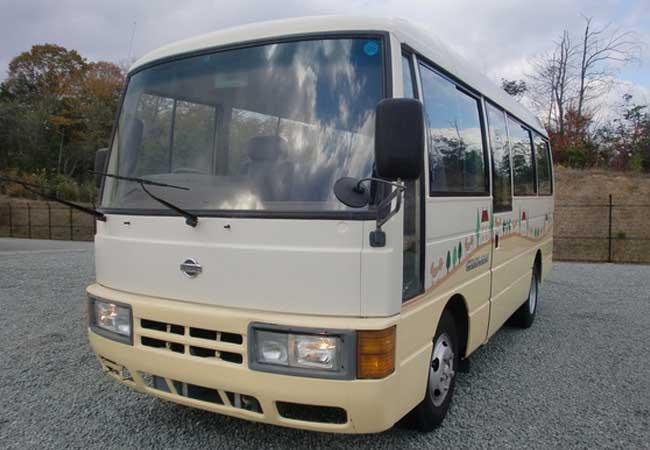Nissan civilian bus 1998 image1