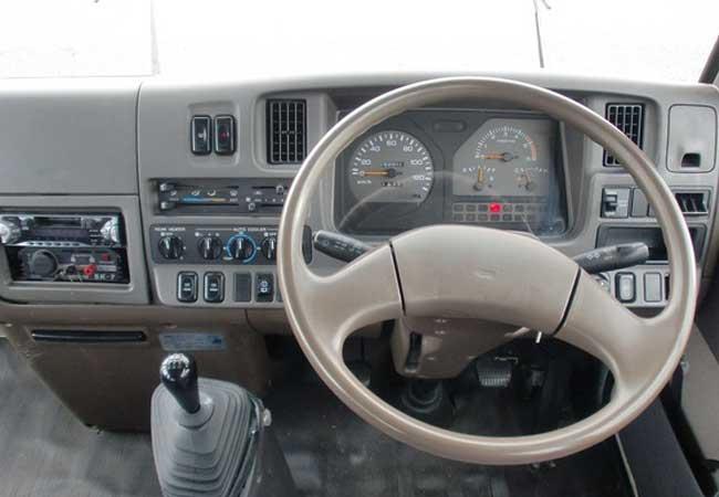 Nissan civilian bus 1998 image8