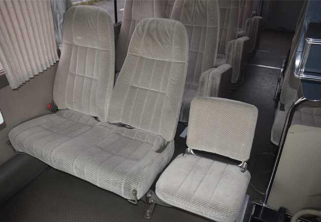 Toyota coaster 2001 image9