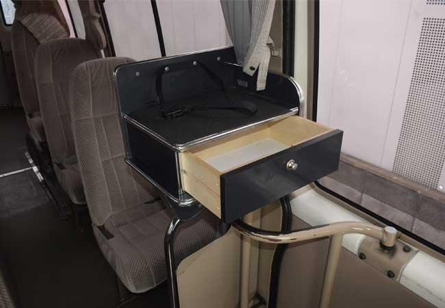 Toyota coaster 2001 image13