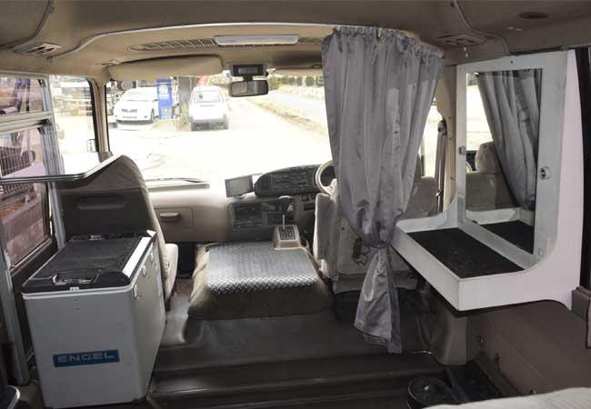 Toyota coaster 2001 image14