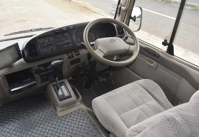 Toyota coaster 2001 image24