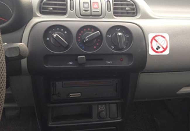 Nissan micra 1998 image4