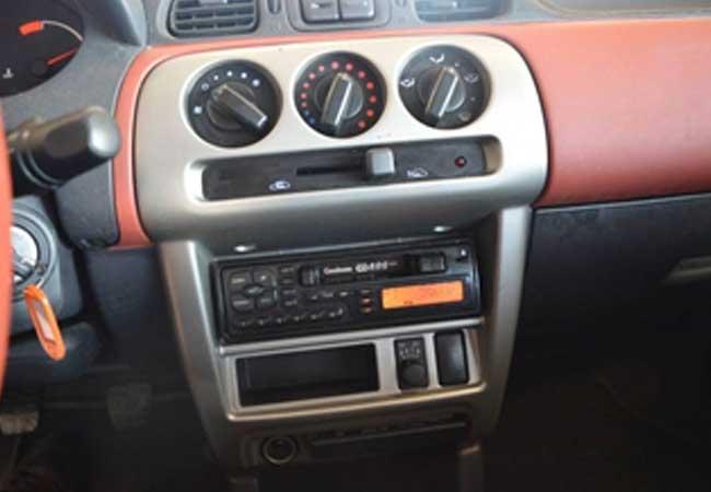 Nissan micra 2001 image5