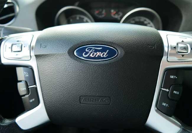 Ford galaxy 2006 image17