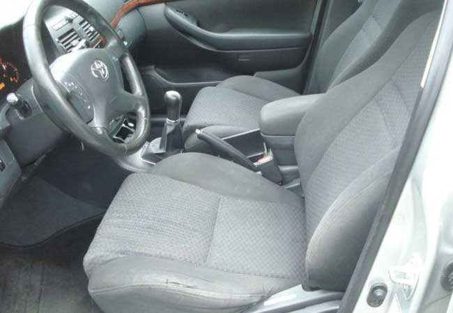 Toyota avensis 2005 image8