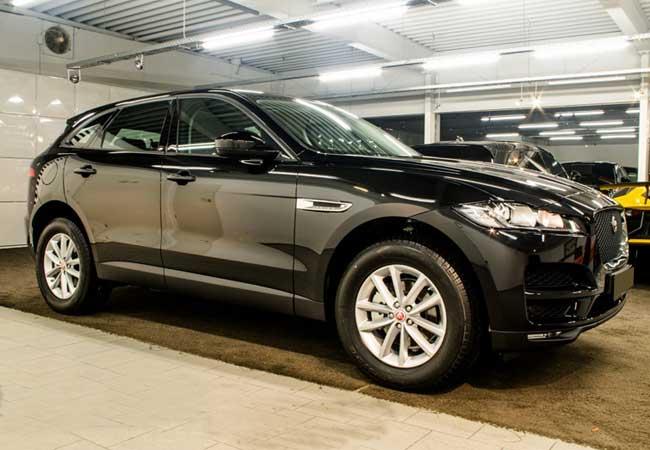Jaguar f-pace pure 2017 image1