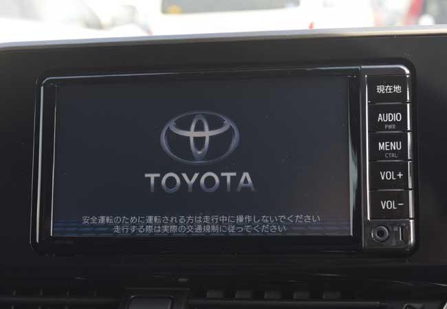 Toyota c-hr 2018 image16
