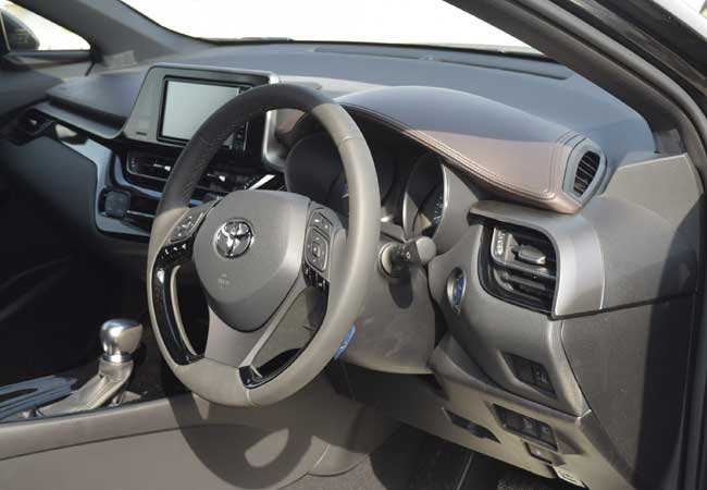Toyota c-hr 2018 image18