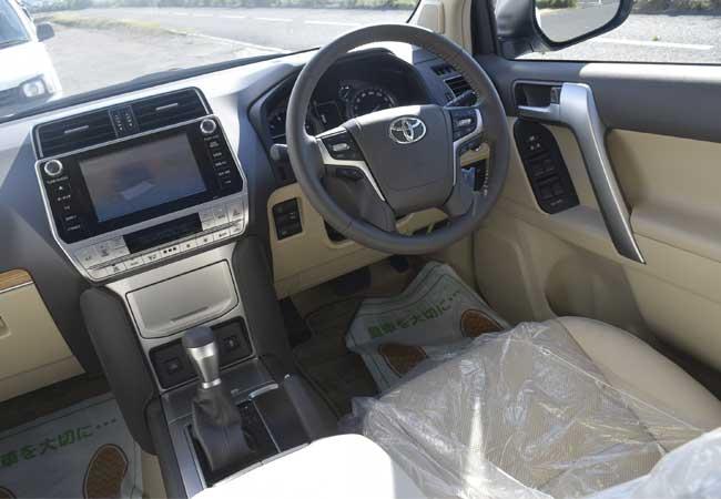 Toyota land cruiser prado 2018 image11