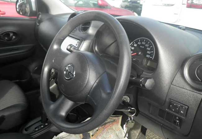 Nissan march 2010 image3