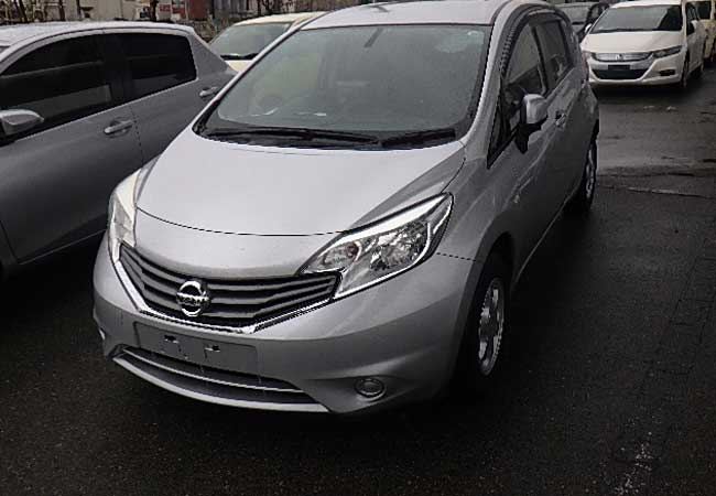 Nissan note 2012 image3