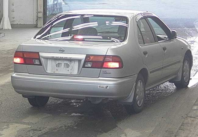 Nissan sunny 1997 image2