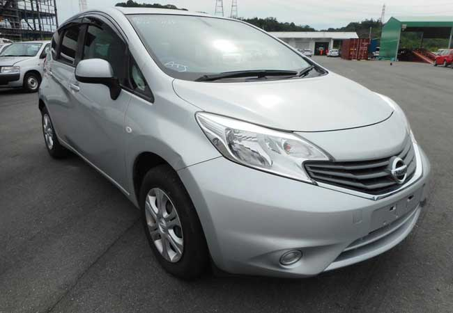 Nissan note 2013 image1