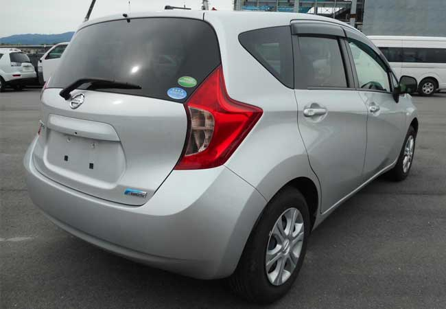 Nissan note 2013 image3