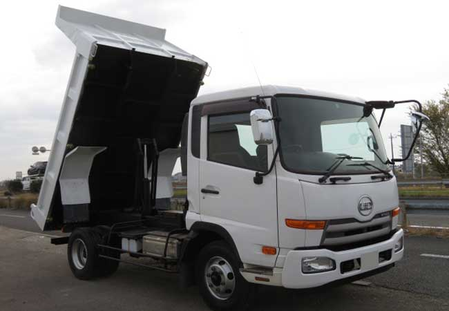 Nissan ud 2012 image7