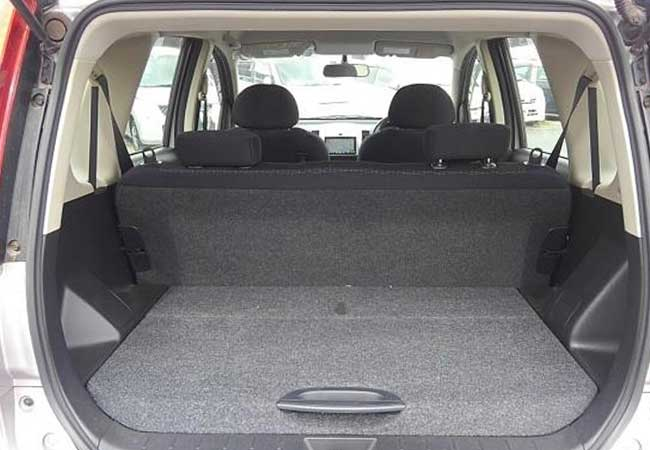 Nissan note 2010 image5