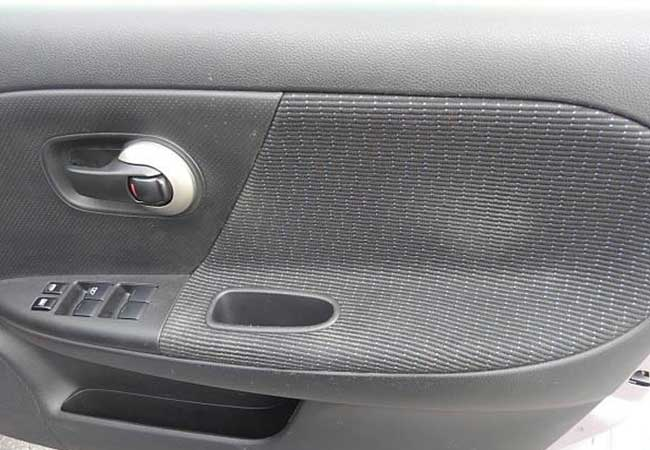 Nissan note 2010 image11