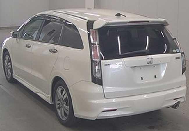 Honda stream 2010 image2