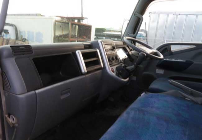 Mitsubishi canter 2006 image9