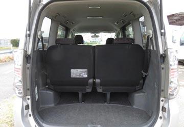 Toyota voxy 2010 image5