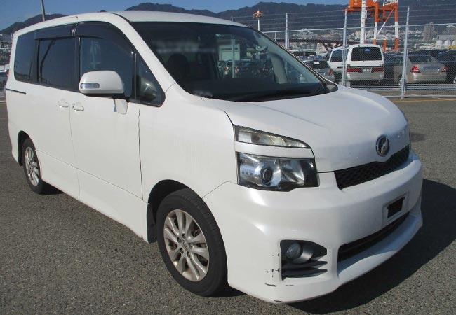 Toyota Voxy 62065 image7