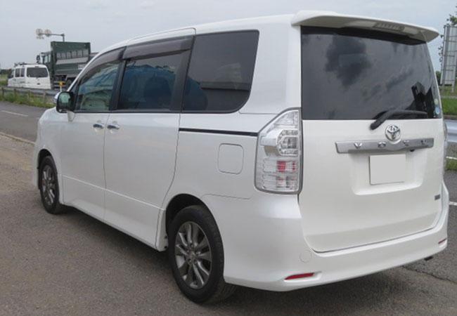 Toyota Voxy 63423 image19
