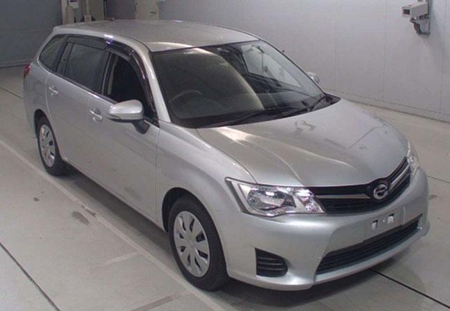 Toyota / Corolla Fielder 2012