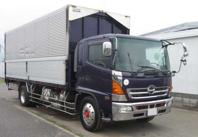 Hino / Ranger 2004