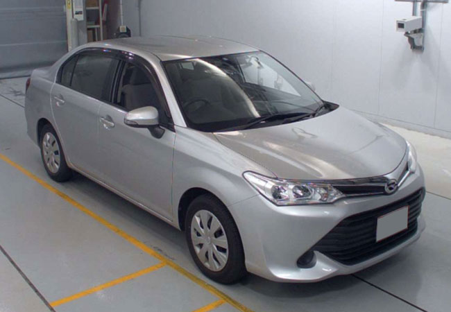 Toyota / Corolla Axio 2015