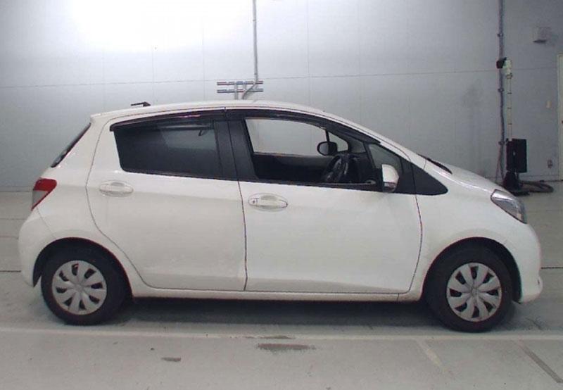 Toyota Vitz 64691