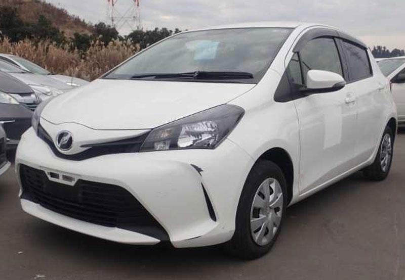 Toyota / Vitz 2015