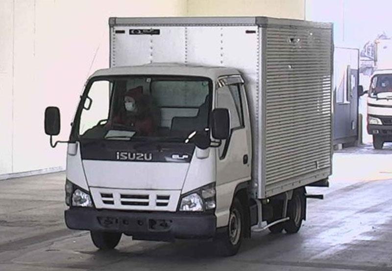 Isuzu / Elf 2005