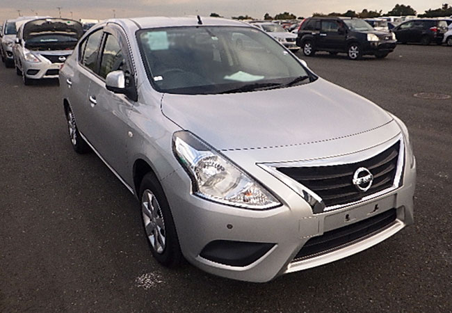 Nissan / Latio 2015