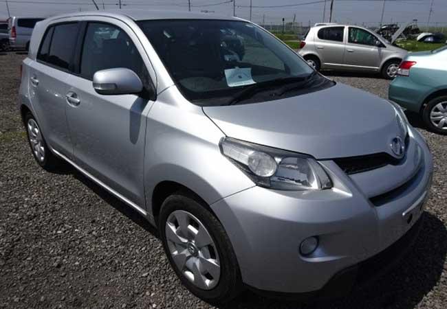Toyota / Ist 2010