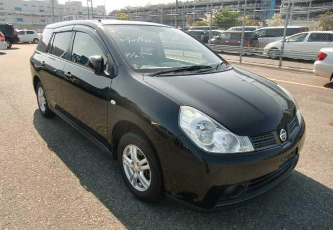 Nissan wingroad 2013 Black
