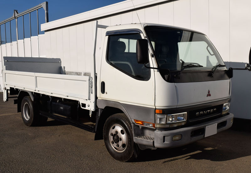 Mitsubishi / Canter 2000