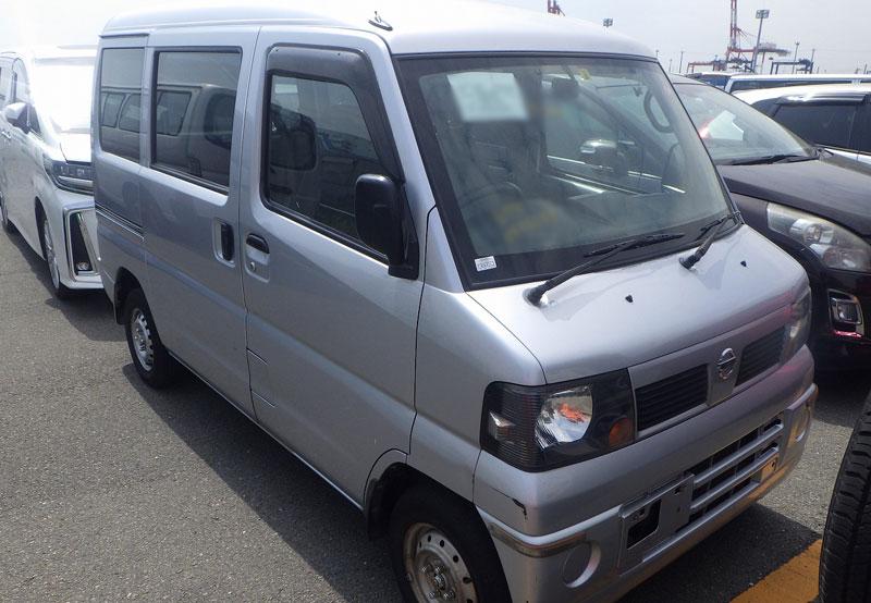 Nissan / Clipper Van 2011