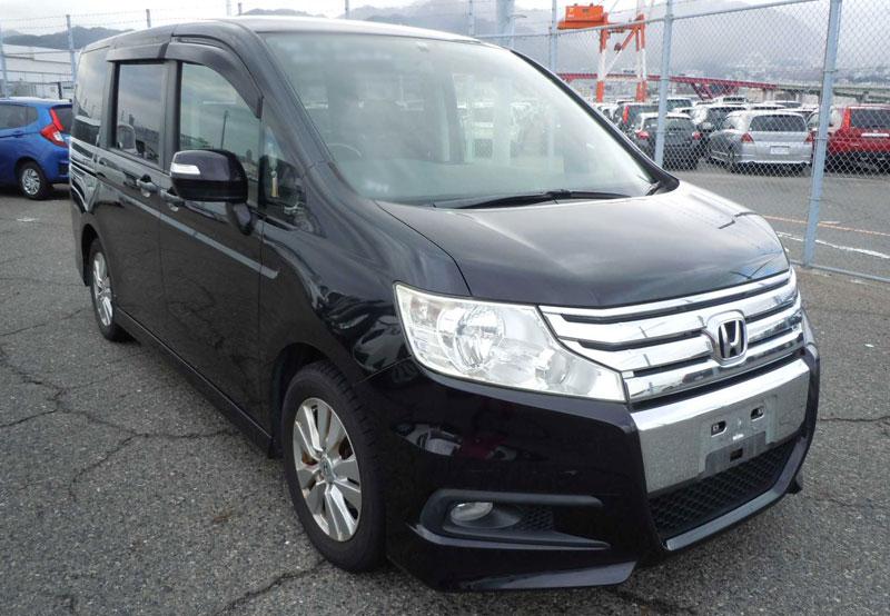 Honda / Step Wagon 2011