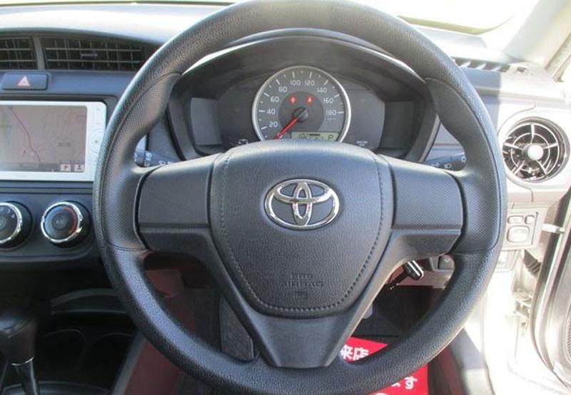 Toyota Corolla Axio 65916