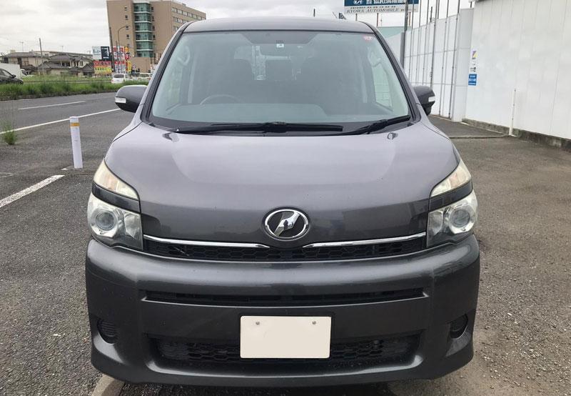 Toyota Voxy 65980