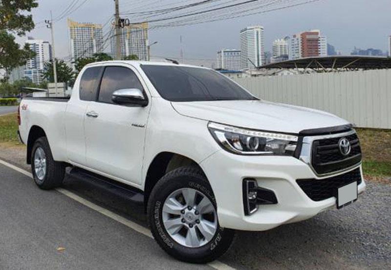 Toyota hilux_revo 2018 White