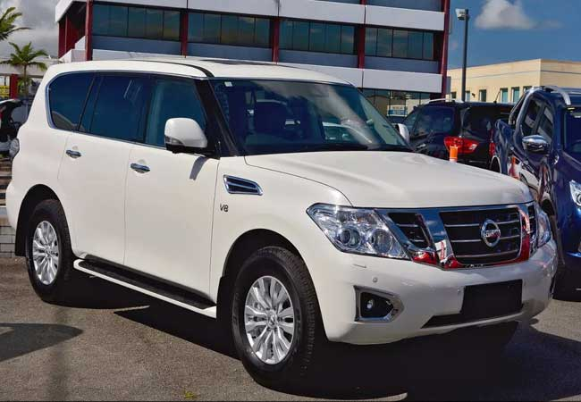 used nissan patrol suv/ 4wd 2018 model in white | used cars stock