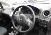 Nissan note 2013 image11